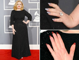 adele-louboutin-nails